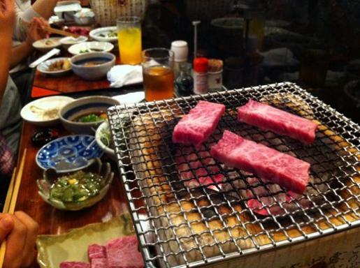 ぎょうてん(炭火焼き肉).jpg